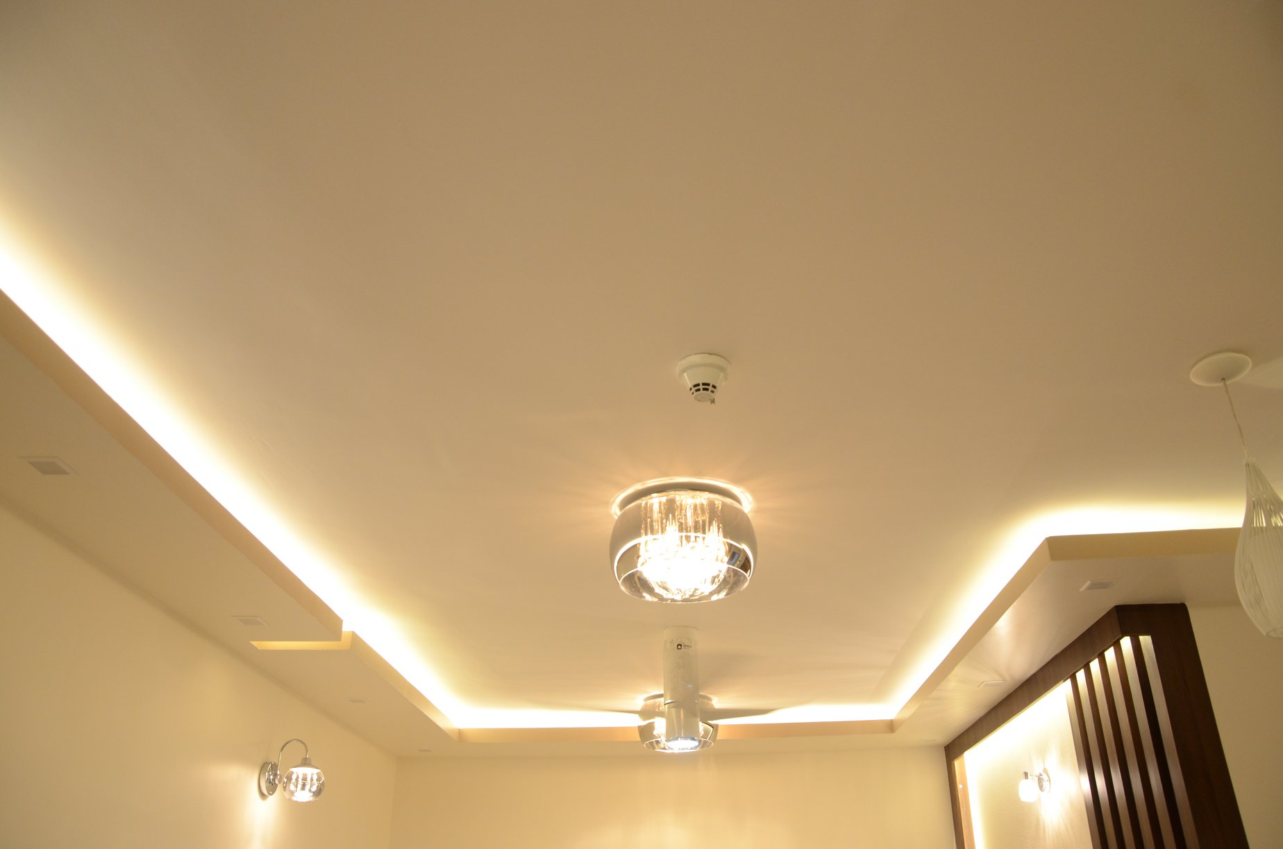 upload/living/Border_False_Ceiling_Salarpuria_Bangalore.jpg